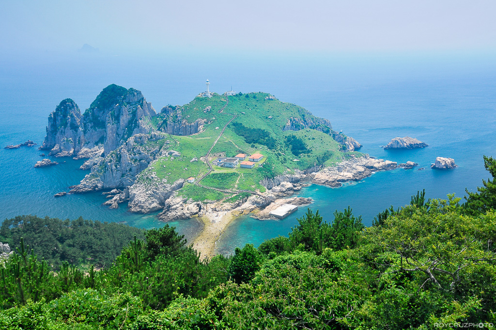 tongyeong-somaemuldo-lighthouse-1
